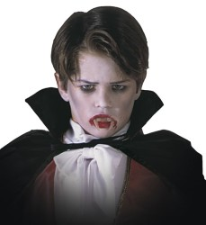 Parti - Çocuk Vampir Dişi