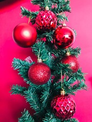 Parti Dünyası - Yılbaşı Çam Ağacı Top Süsü Kırmızı 6cm 16 Adet
